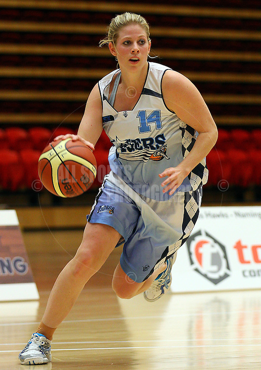 PERTH, AUSTRALIA - JULY 16: Melissa Marsh of the Tigers drives to the basket during the week 18 SBL game between the Perry Lakes Hawks and the Willetton TIgers at The State Basketball Center on July 16, 2011 in Perth, Australia.  (Photo by Paul Kane/All Sports Photography)