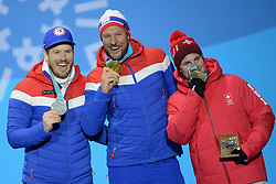 February 15, 2018 - Pyeongchang, South Korea - KJETIL JANSRUD of Norway (left) , AKSEL LUND SVINDAL of Norway (center) and BEAT FEUZ of Switzerland with their medals from the Men's downhill event in the PyeongChang Olympic games. (Credit Image: © Christopher Levy via ZUMA Wire)