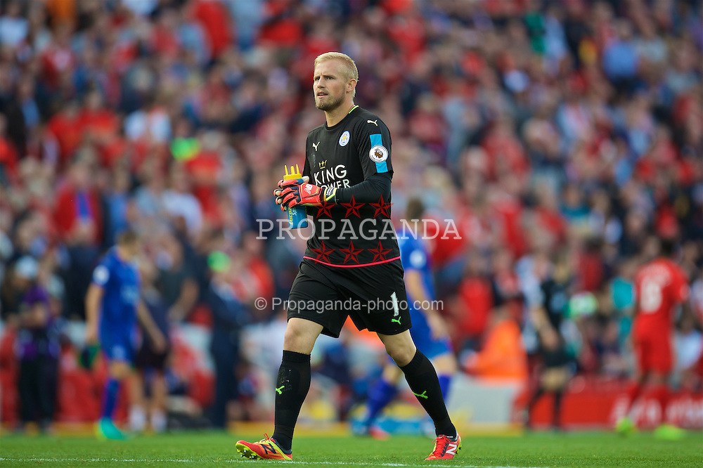 LIVERPOOL, ENGLAND - Saturday, September 10, 2016: Leicester City's goalkeeper Kasper Schmeichel walks towards the Kop before the FA Premier League match against Liverpool at Anfield. (Pic by David Rawcliffe/Propaganda)