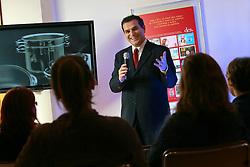 O Diretor de Marketing do Banco Matone, Carlos Alberto carvalho Filho tinha gagueira, tratou e se curou. Hoje ele faz palestras sobre marketing. Foto: Jefferson Bernardes/Preview.com