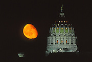 Moon, Capitol Dome, Harrisburg, Pennsylvania