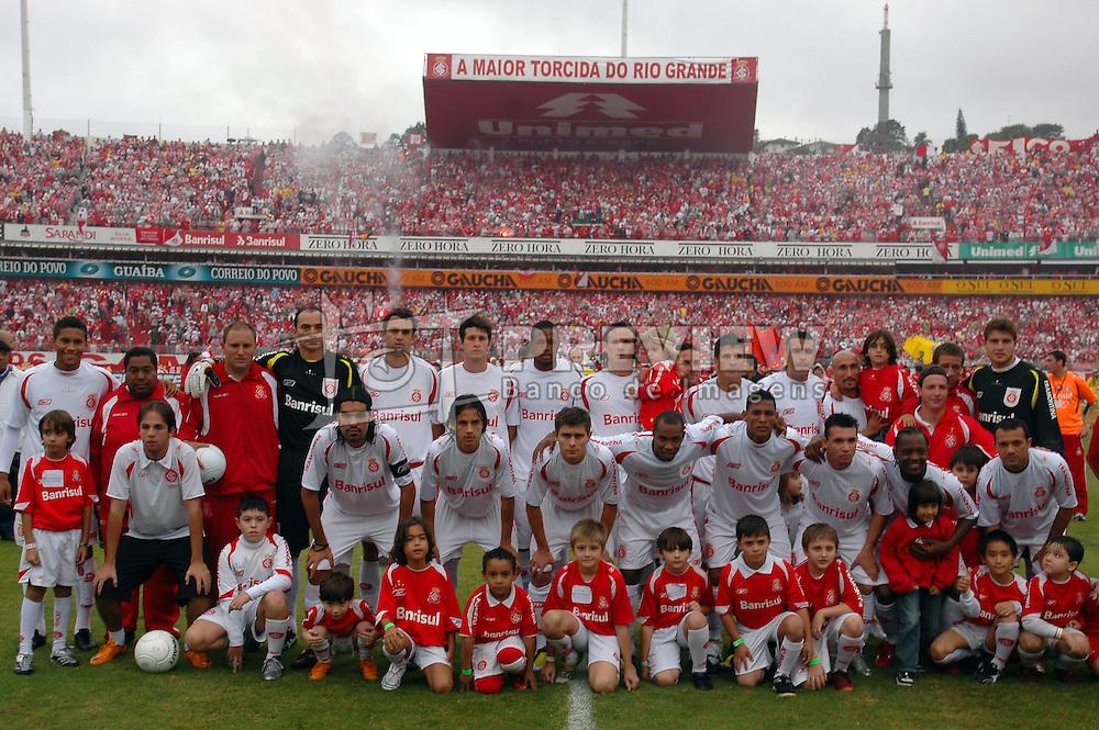 Foto oficial da equipe do Internacional para a partida contra o Juventude, válida pela final do campeonato gaúcho 2008, no estádio Beira Rio, em Porto Alegre. FOTO: Jefferson Bernardes/Preview.com