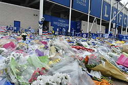 Tributes and flowers as far as the eye can see (c) Simon Kimber | SportPix.org.uk