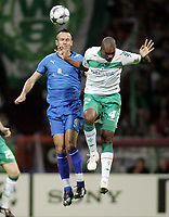 Fotball , Champions League , 16. september 2008<br />  Champions League Gruppenphase SV Werder Bremen - Anorthosis Famagusta<br /> v.l. Lukasz Sosin, Naldo Bremen<br /> <br /> <br /> Norway only
