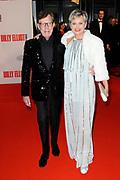 Premiere Nederlandse versie van de musical Billy Elliot in het Circustheater in Scheveningen.<br /> <br /> op de foto:   Vera Mann en Frans Molenaar