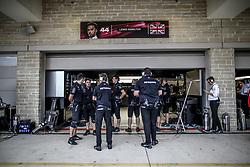 October 20, 2017 - Austin, United States of America - Motorsports: FIA Formula One World Championship 2017, Grand Prix of United States, .mechanic of Mercedes AMG Petronas F1 Team  (Credit Image: © Hoch Zwei via ZUMA Wire)