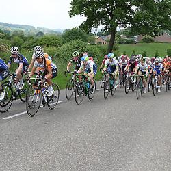 27-05-2016: Wielrennen: Boels Rental Classic: Valkenburg<br /> VALKENBURG (NED) wielrennen<br />Peloton op de Camerig