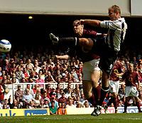 Photo: Henry Browne.<br /> Arsenal v Newcastle Utd. Barclaycard Premiership.<br /> 14/08/2005.<br /> Alan Shearer of Newcastle misses with a close range effort.
