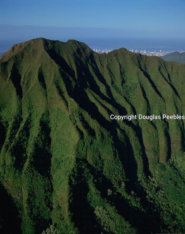 Koolau Mountains, Oahu, Hawaii, USA<br />