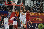 DESCRIZIONE : Roma Lega A1 2008-09 Lottomatica Virtus Roma Benetton Treviso<br /> GIOCATORE : Gary Neal Roberto Gabini<br /> SQUADRA : Lottomatica Virtus Roma Benetton Treviso<br /> EVENTO : Campionato Lega A1 2008-2009<br /> GARA : Lottomatica Virtus Roma Benetton Treviso<br /> DATA : 14/12/2008<br /> CATEGORIA : rimbalzo<br /> SPORT : Pallacanestro<br /> AUTORE : Agenzia Ciamillo-Castoria/G.Ciamillo