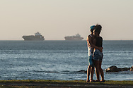 Tenderness waterfront, with views of the freighter anchored at anchor off the modern port of Bahia
