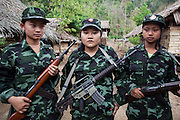 KNLA female soldiers