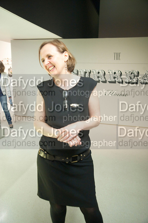 .JANE ALISON, The Surreal House Barbican art gallery afterwards SURREAL DINNER at Hoxton hall. London. 9 June 2010. -DO NOT ARCHIVE-© Copyright Photograph by Dafydd Jones. 248 Clapham Rd. London SW9 0PZ. Tel 0207 820 0771. www.dafjones.com.