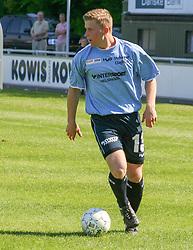 FODBOLD: Jonas Rohrberg (Helsingør) under kampen i Kvalifikationsrækken, pulje 1, mellem Elite 3000 Helsingør og Lyngby Boldklub den 10. juni 2006 på Helsingør Stadion. Foto: Claus Birch