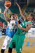 DESCRIZIONE : Avellino Lega A 2015-16 Sidigas Avellino Banco di Sardegna Sassari<br /> GIOCATORE : Joe Alexander<br /> CATEGORIA : tiro<br /> SQUADRA : Banco di Sardegna Sassari<br /> EVENTO : Campionato Lega A 2015-2016 <br /> GARA : Sidigas Avellino Banco di Sardegna Sassari<br /> DATA : 09/11/2015<br /> SPORT : Pallacanestro <br /> AUTORE : Agenzia Ciamillo-Castoria/A. De Lise <br /> Galleria : Lega Basket A 2015-2016 <br /> Fotonotizia : Avellino Lega A 2015-16 Sidigas Avellino Banco di Sardegna Sassari