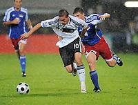 Fotball, 6. september 2008 , VM-kvalifisering , Liechtenstein - Tyskland<br /> v.r. Fabio D'Elia, Lukas Podolski Deutschland<br /> Norway only
