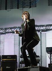 © Licensed to London News Pictures. 27/08/2011. Reading, UK. Jarvis cocker performing with Pulp on the main stage on Day two of Reading Festival 2011 in Reading, Berkshire today (27/08/2011). Photo credit: Ben Cawthra/LNP