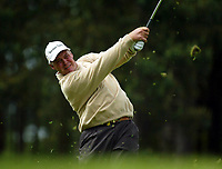 Photograph: Scott Heavey<br />Volvo PGA Championship At Wentworth Club. 23/05/2003.<br />Darren Clarke drives from the 7th.