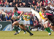 Leicester, Walker Stadium., Leicestershire, 5th April 2004, Heineken Cup, ENGLAND. [Mandatory Credit: Photo  Peter Spurrier/Intersport Images],Heineken Cup, Semi Final, Leicester Tigers vs Stade Toulouse, Walker Stadium, Leicester, ENGLAND: Henry Tuilgli breaks through the mid field with the ball.