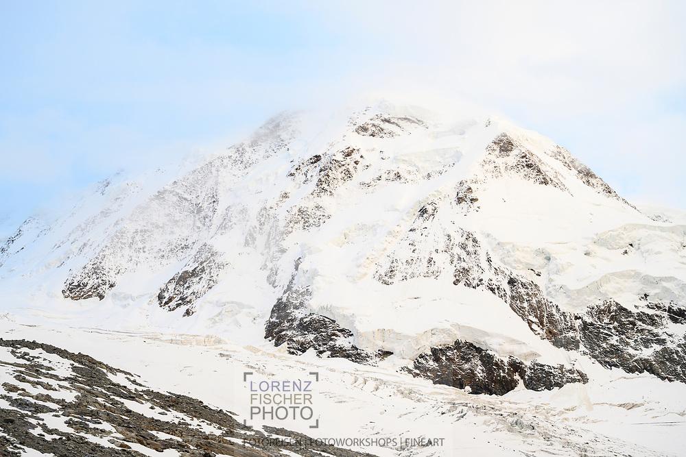 Liskamm und Grenzgletscher am Abend; Zermatt, Wallis, Schweiz / <br /> <br />  Liskamm and Grenzgletscher in the evening; Zermatt, Valais, Switzerland