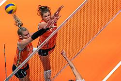 29-05-2019 NED: Volleyball Nations League Netherlands - Bulgaria, Apeldoorn<br /> Indy Baijens #16 of Netherlands, Juliët Lohuis #7 of Netherlands
