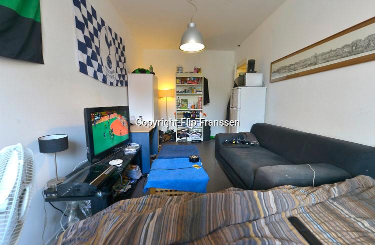 Nederland, Nijmegen, 16-8-2016 Een studentenkamer in een studentenhuis in het centrum van de stad . Op kamers gaan. Deze kamer kost 370 voor 18 m2Foto: Flip Franssen
