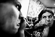 May 14, 2009-Denver, Colorado, USA-Blixx, who would not give his real name, prepares for the show by putting on eyeliner during a Micro Wrestling Federation show at 3 Kings Tavern. (Credit Image: Bret Hartman/Zuma Press)