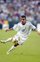 FOOTBALL - CONFEDERATIONS CUP 2003 - GROUP A - FRANKRIKE v NEW ZEALAND - 030622 - LUDOVIC GIULY (FRA) - PHOTO STEPHANE MANTEY / DIGITALSPORT