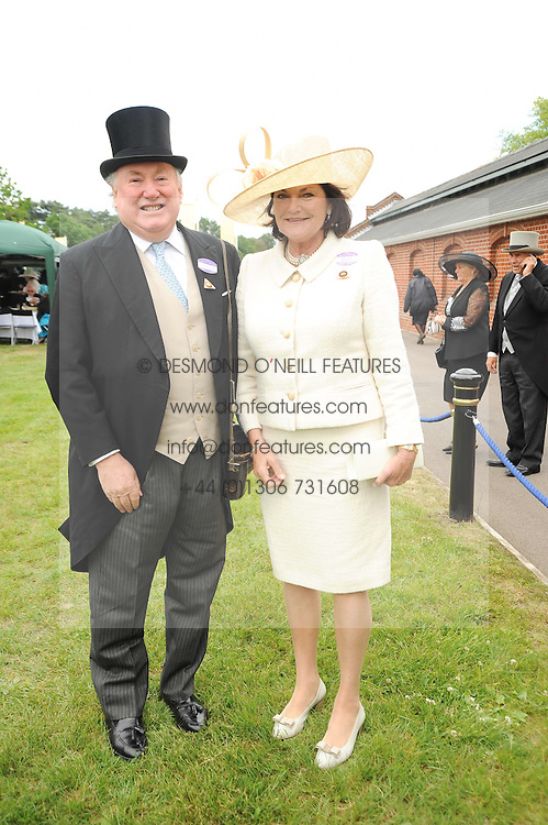 ANTHONY & ANTOINETTE OPPENHIEMER at the first day of the 2010 Royal Ascot Racing festival at Ascot Racecourse, Berkshire on 15th June 2010.