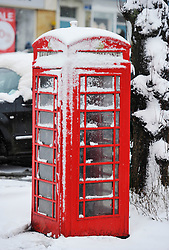 © Licensed to London News Pictures. 23 March 2013. Chipping Norton. Spring time snow hits Chipping Norton in Oxfordshire. Photo credit : MarkHemsworth/LNP