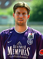 Fotball<br /> 01.07.2003<br /> Petter Rudi - Austria Wien<br /> Foto: Michael Kop, Digitalsport