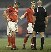 Photo: Aidan Ellis.<br /> Barnsley v Bristol City. Coca Cola League 1. 04/02/2006.<br /> Barnsley's Paul Reid suffers a head wound