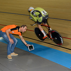 16-12-2016: Wielrennen: NK Baan Duur en Sprint: Apeldoorn (NED): Omnisport: Dion Beukeboom