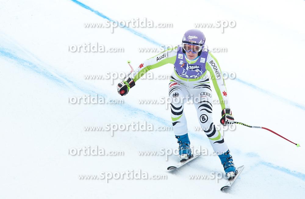 20.01.2011, Tofana, Cortina d Ampezzo, ITA, FIS World Cup Ski Alpin, Lady, Cortina, Abfahrt 2. Training, im Bild Blick von den Tribühnen im Bild Maria Riesch (GER, #20) // Maria Riesch (GER) during FIS Ski Worldcup ladies downhill second training at pista Tofana in Cortina d Ampezzo, Italy on 20/1/2011. EXPA Pictures © 2011, PhotoCredit: EXPA/ J. Groder