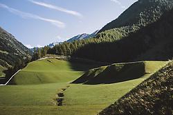 THEMENBILD, die unberührte Landschaft und Bergwelt im Ötztal, aufgenommen am 02. Oktober 2021, Niederthai, Österreich // the unspoilt landscape and mountain world in the Ötztal, on 2021/10/02, Niederthai, Austria. EXPA Pictures © 2021, PhotoCredit: EXPA/Stefanie Oberhauser
