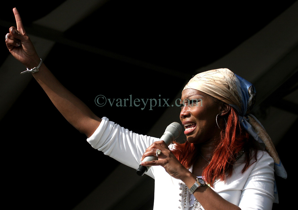 30 April 2006. New Orleans, Louisiana. Jazzfest . <br /> The first New Orleans Jazz and Heritage festival following the disaster of Hurricane Katrina. <br /> Yolanda Adams talks of God and religion before singing on the Congo Square Louisiana Rebirth Stage.<br /> Photo ©Charlie Varley/varleypix.com<br /> All rights reserved.