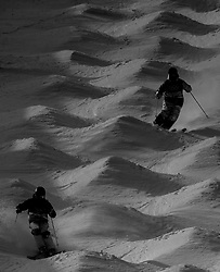 February 9, 2018 - Pyeongchang, South Korea - 180209 Athletes worm up before the Men's Moguls Qualification during the 2018 Winter Olympics on February 9, 2018 in Pyeongchang..Photo: Petter Arvidson / BILDBYRÃ…N / kod PA / 91956 (Credit Image: © Petter Arvidson/Bildbyran via ZUMA Press)
