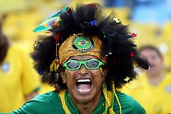 Hulk na Torcida do Brasil na partida contra a Espanha, válida pela final da Confederações 2013, no estádio Maracanã, no Rio de Janeiro. FOTO: Jefferson Bernardes/Preview.com