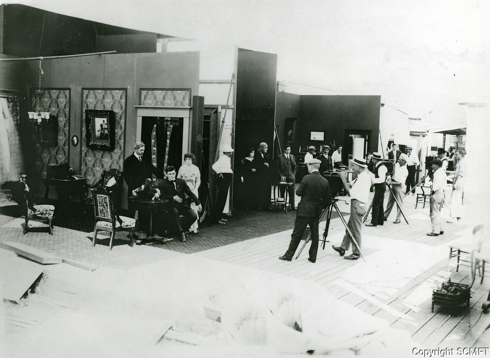 1914 Early filming at Vitagraph Studios