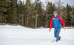 02.01.2015, for Friends, Mösern, AUT, FIS Ski Sprung Weltcup, 63. Vierschanzentournee, OeSV Pressekonferenz, im Bild Michael Hayböck (AUT) spaziert durch den Schnee // Michael Hayböck of Austria walks trought the Snow before Pressconference of Austrian Team of the 63rd Four Hills Tournament of FIS Ski Jumping World Cup at the for Friends Hotel, Mösern, Austria on 2015/01/02. EXPA Pictures © 2015, PhotoCredit: EXPA/ JFK