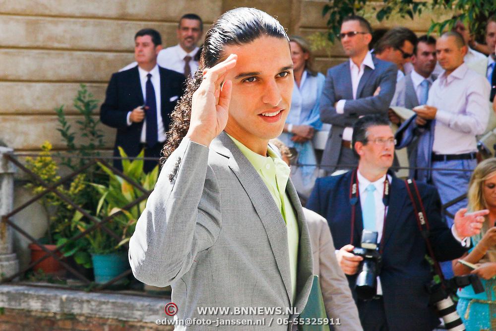 ITA/Siena/20100717 Wedding of soccerplayer Wesley Sneijder and tv host Yolanthe Cabau van Kasbergen, Ali B