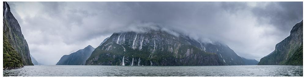Milford Sound, Fiordland National Park.
