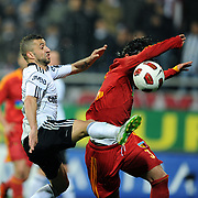 Besiktas's Simao SABROSA (L) during their Turkish superleague soccer match Besiktas between Kayserispor at BJK Inonu Stadium in Istanbul Turkey on Saturday, 19 March 2011. Photo by TURKPIX