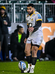 Lima Sopoaga of Wasps prepares a conversion - Mandatory by-line: Andy Watts/JMP - 08/01/2021 - RUGBY - Recreation Ground - Bath, England - Bath Rugby v Wasps - Gallagher Premiership Rugby