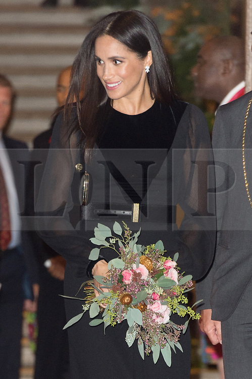 © Licensed to London News Pictures. 25/09/2018. Meghan, Duchess of Sussex leaves the Royal Academy of Arts after attending the Oceania exhibition, UK. Photo credit: Ray Tang/LNP