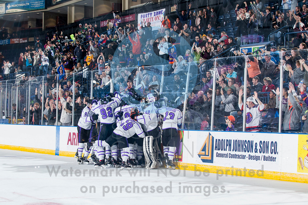 The Youngstown Phantoms defeat the Sioux City Musketeers 4-3 in overtime at the Covelli Centre on January 5, 2019.<br /> <br /> Liam Robertson, forward, 92; Matthew Barnaby Jr., forward, 77; Matthew DeMelis, forward, 9; Nikolai Jenson, defenseman, 4; Craig Needham, forward, 13; Arsenii Smekhnov, forward, 20; Christian Stoever, goalie, 29