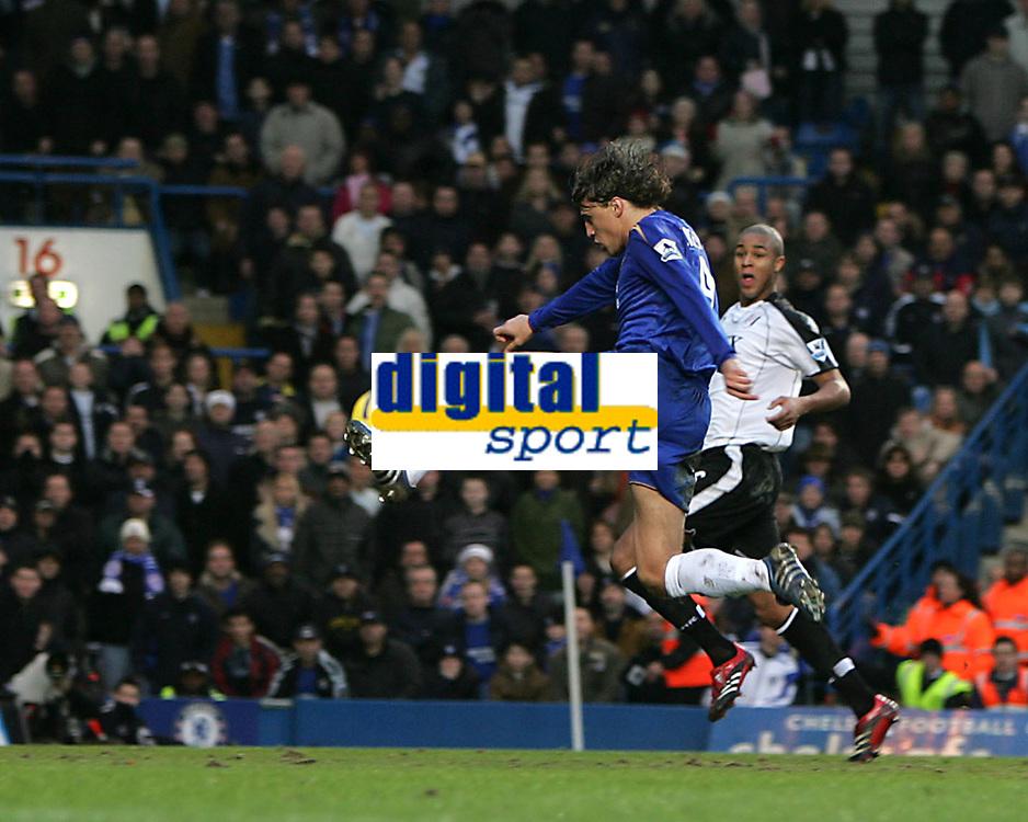 Photo: Lee Earle.<br /> Chelsea v Fulham. The Barclays Premiership. 26/12/2005. Hernan Crespo scores Chelsea's third goal.