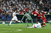 KIEV, UKRAINE - MAY 26: Sadio Mane of Liverpool shoots past Keylor Navas of Real Madrid during the UEFA Champions League final between Real Madrid and Liverpool at NSC Olimpiyskiy Stadium on May 26, 2018 in Kiev, Ukraine. (MB Media)