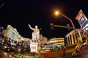 De 'strip' met casino's in Las Vegas. Op de foto Cesar's Palace.<br /> <br /> The strip with casinos in Las Vegas. On the picture Cesar's Palace.
