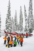 Canadian Mountain Holidays (CMH) Nomads private heliski tour 2020, Gene Otto,  Tim Kinsley, Bobby Kinsley, Julie Bakkala, Steve Tansey, Michael Schriner,  Rob Kinsley - bakc guides Jesse and John